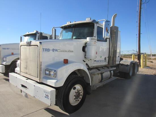 2014 Western Star 4900SF T/A Sleeper Blower Truck Road Tractor (Unit #TRB-014)