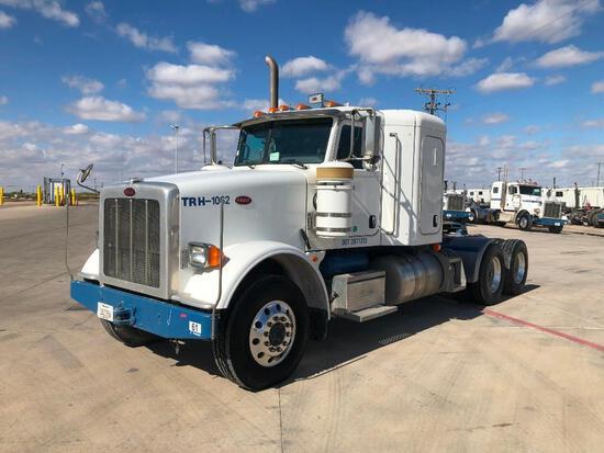 2013 Peterbilt 367 T/A Sleeper Hydraulic Truck Road Tractor (Unit #TRH-1062)