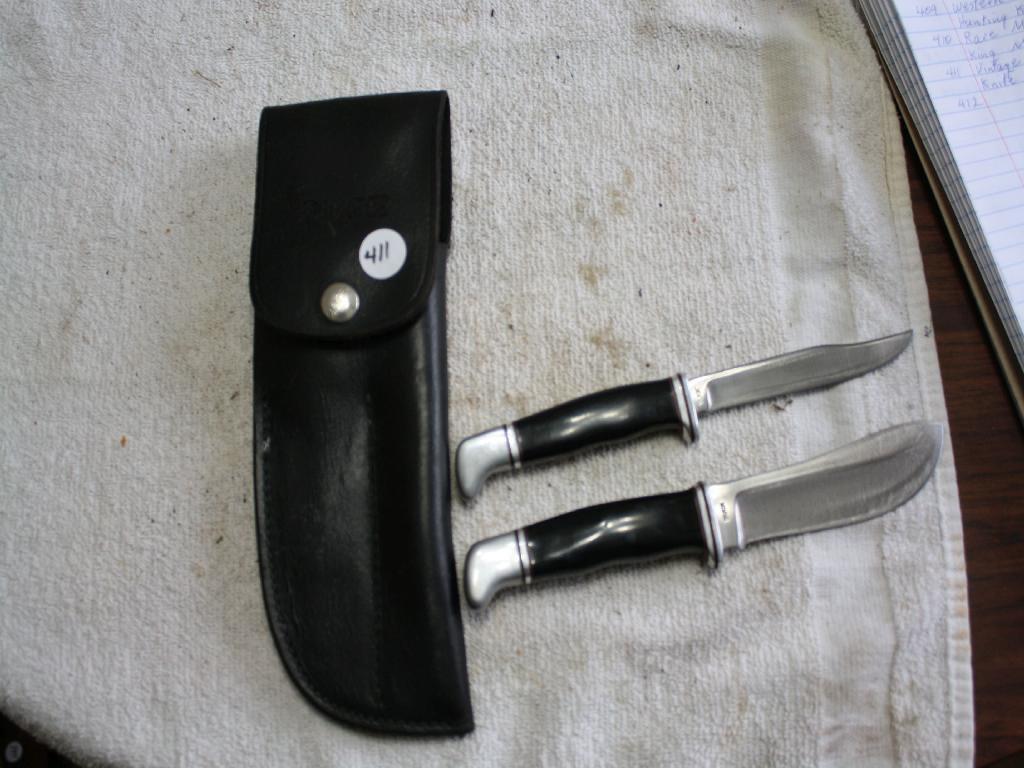 Vintage Buck Hunting and Skinning Knife Set w/Sheath
