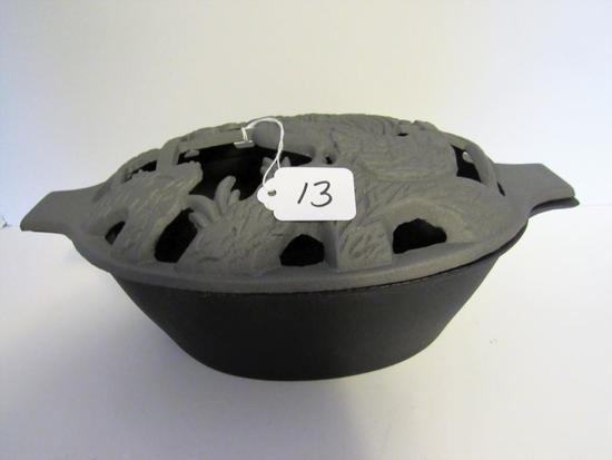 Cast iron roaster