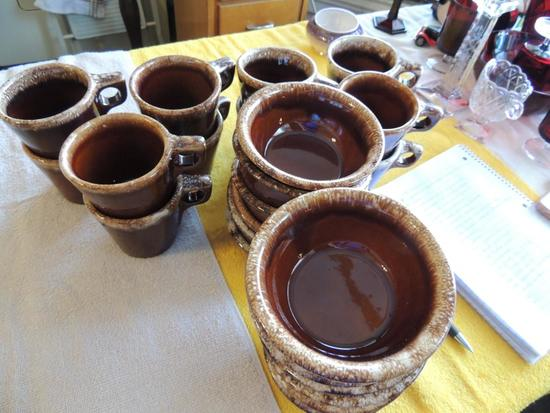Hull brown drip dishes