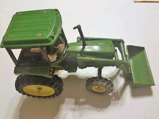 John Deere Toy Tractor , Loader