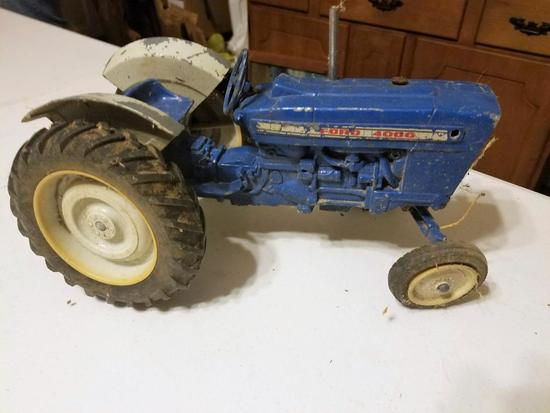Ford 4000 Toy Tractor