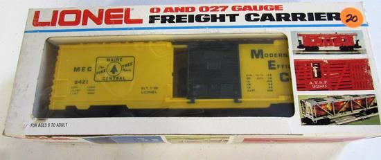 Lionel main Central Boxcar
