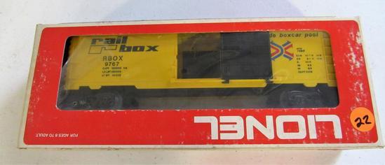 Lionel rail boxcar