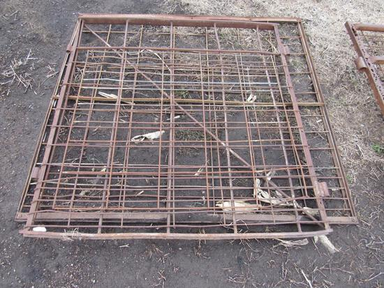2- 4' gates