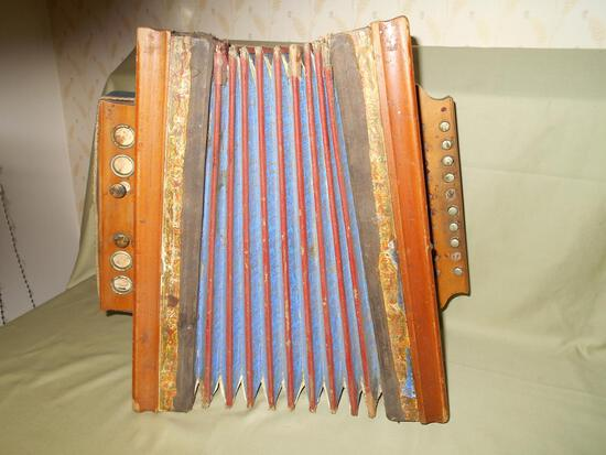 Old Time Button Accordian/Squeezebox
