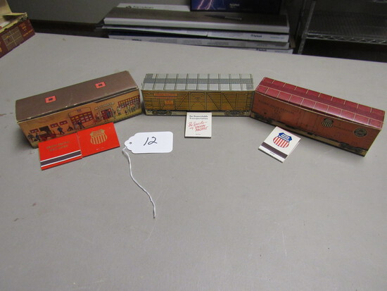 Full Box Union Pacific RR Bookmatches