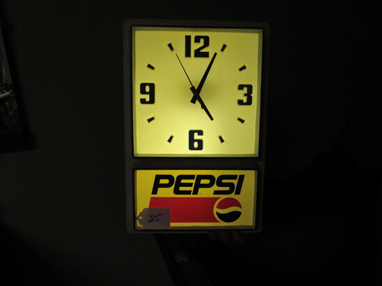 Plastic Pepsi Advertising Light