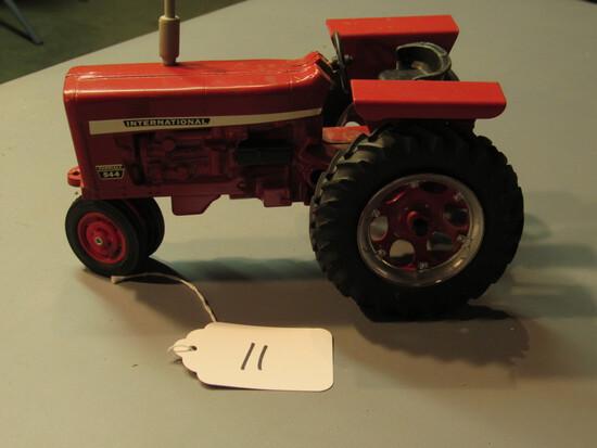 "diecast IH Farmall ""544"" tractor"