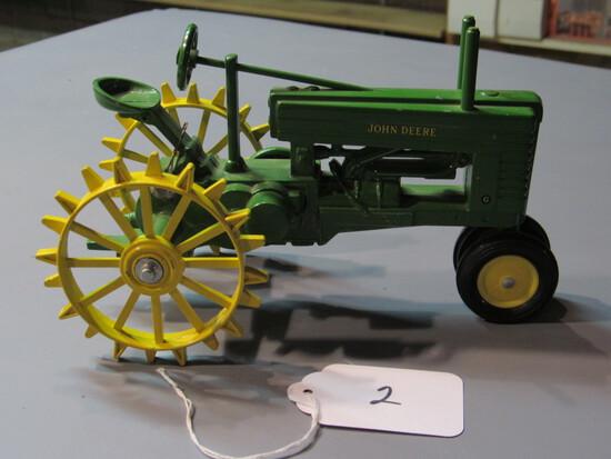 """diecast JD """"G"""" tractor"""