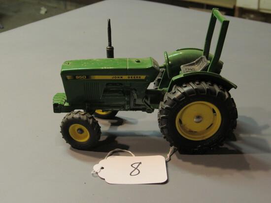 "diecast JD ""950"" tractor"