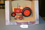 Case 600 tractor + mini