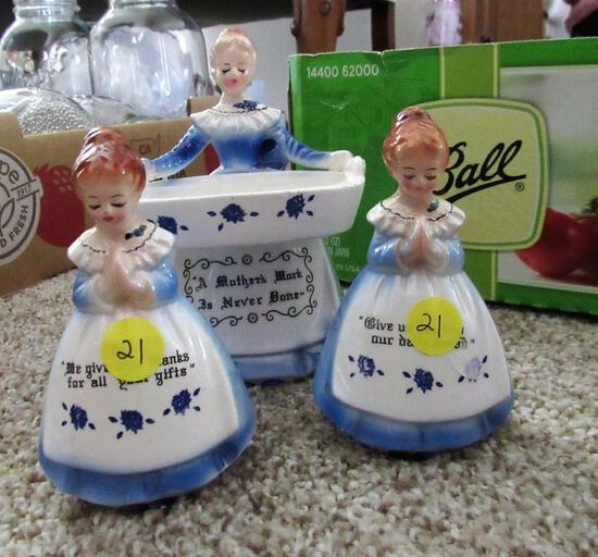 Blue Dinner Prayers Ladies (Soap Holder/Salt & Pepper)