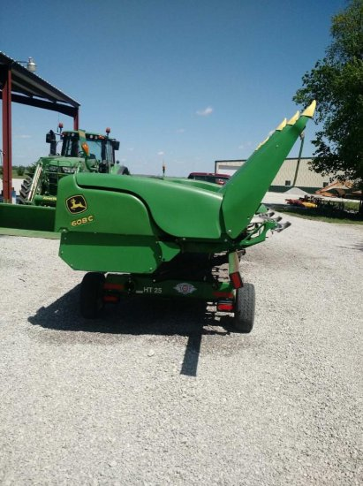 2013 JD 608C corn head
