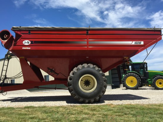 2012 J & M grain cart