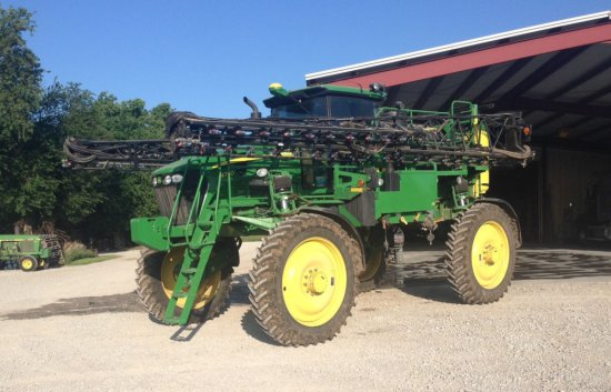 2009 JD 4730 sprayer