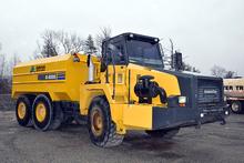 Komatsu Hm300-2, Articulated Water Truck (2006)
