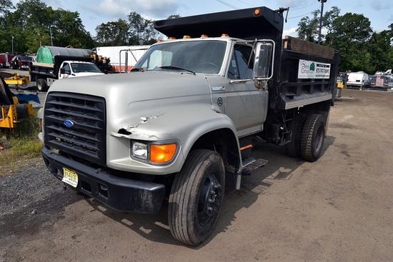 1996 Ford F-800 Single Axle Dump Truck