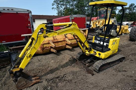 2005 New Holland Eh15.b Mini Excavator