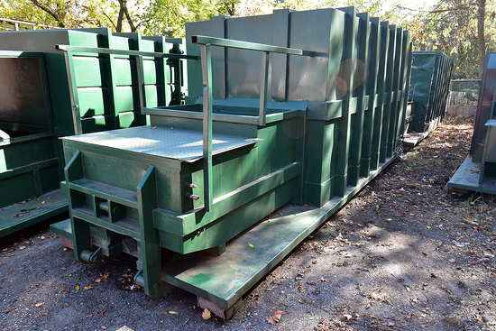30 Yd. Self-Contained Compactor w/Outside Rail, Dual-Pickup & Open Charge Box
