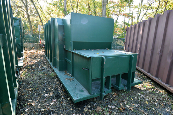 30 Yd. Self-Contained Compactor w/Outside Rail, Dual-Pickup & Hopper Enclosure