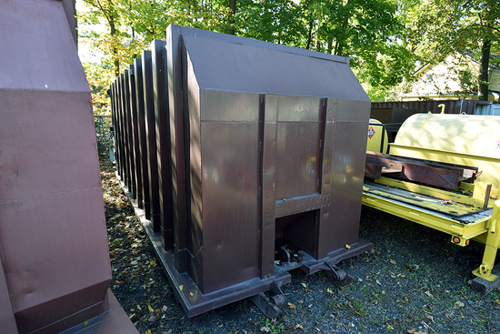 J.C. Industries 40 Yd. Break-Away Compactor Unit w/Outside Rail & Cable Hoist Pickup