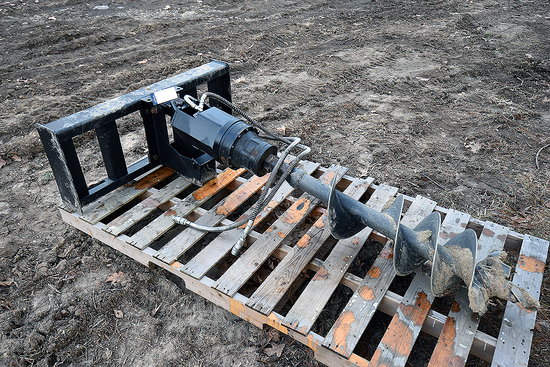 Tomahawk Augur Hydraulic Skid steer Attachment
