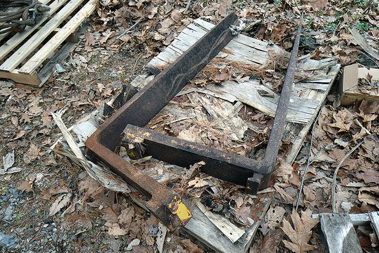 """Pair of 48"""" Steel Forks"""
