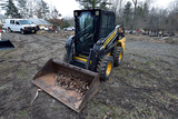 2011 Holland L218 Loader Skid Steer w/ Pneumatic Tires, Hyd Quick Connect & 67