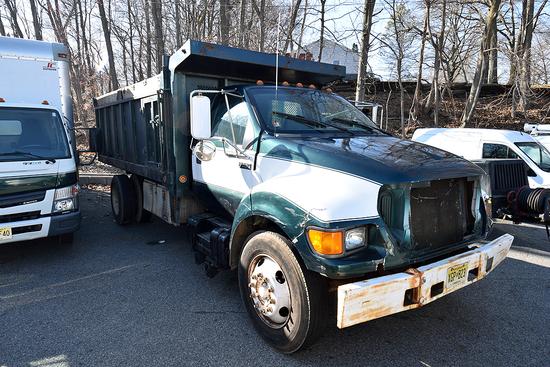 2001 Ford F-650, Single Axle Dump Truck