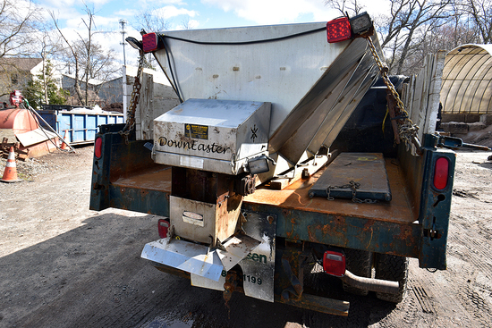 DownEaster Stainless Steel Salt Spreader