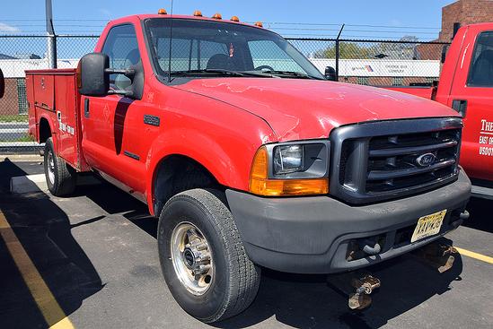 1999 Ford F-350 4WD, Diesel Utility Truck