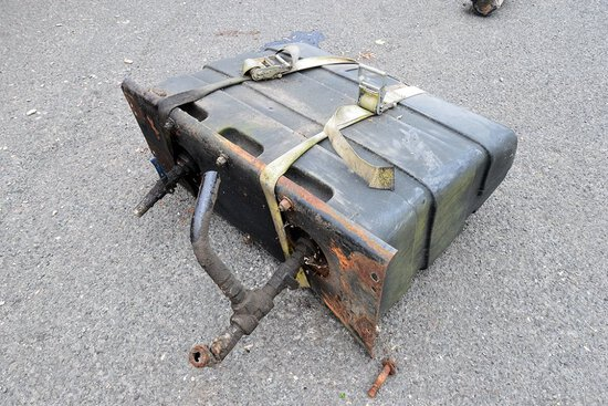 Muncie Hydraulic Pump w/ Tank