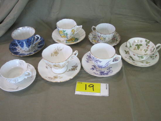 Cups/Saucers