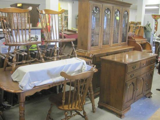 Temple-Stuart Dining Room Set