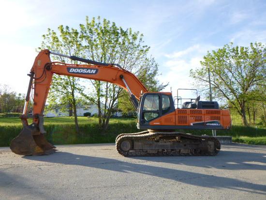 2015 DOOSAN DX420LC EXCAVATOR (QEA 7169)