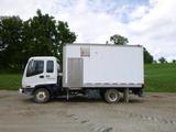 01 GMC W5500 Truck ^Title^ (QEA 2876)
