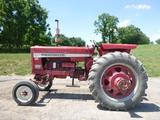 International Harvester 656 Tractor (QEA 6940)