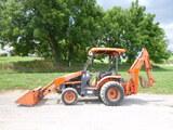 10 Kubota L39 Tractor Loader Backhoe (QEA 7868)