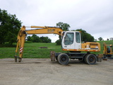 08 Liebherr A904 Litronic Excavator (QEA 7357)
