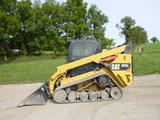 17 Caterpillar 297D2 Skid Loader (QEA 7731)