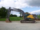 18 Volvo EC350EL Excavator (QEA 8524)