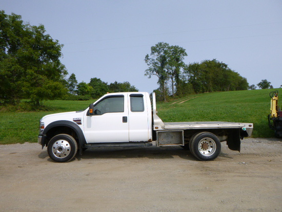 08 Ford F550 Truck ^Need Title^ (QEA 3202)