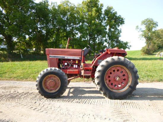 International 786 Tractor 4wd (QEA 3259)