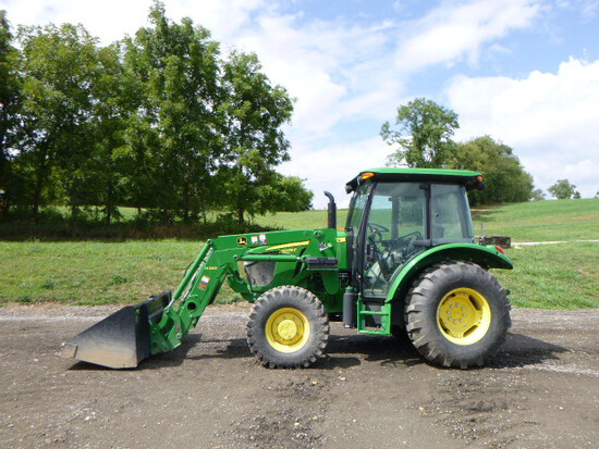 John Deere 5075E Tractor (QEA 8107)
