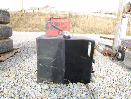 Hyd. Oil Tank w/ Reel and Hoses (QEA 2014)