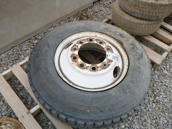 Truck Tire w/Rim 29.5/75R2.5 (QEA 3972)