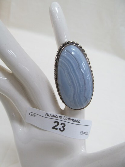 23 STERLING SILVER BLUE LACE AGATE RING  APPROX. SIZE 6