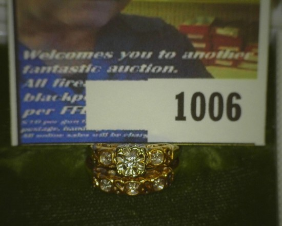 14K Diamond Wedding Ring Set, 14K Gold, weighs 4.1 grams, approximately .05 carats TW diamonds. No b